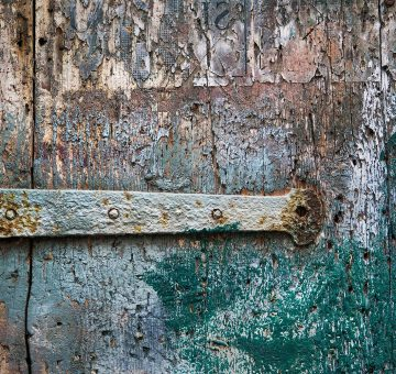 G8-1_venice_doors-of-wood